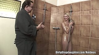 Unwitting Daddy Plows Blondie Stepdaughter Give The Bathroom