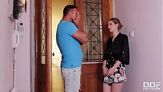 Spunky Italian Stella Cox gives her neighbor the pace oral pleasure of his vault