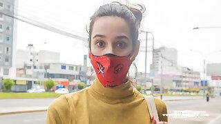 VENEZUELAN MODEL tricked into picture shoot